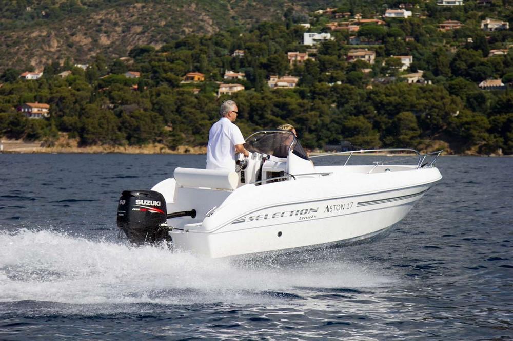 Selection Boats Aston 17