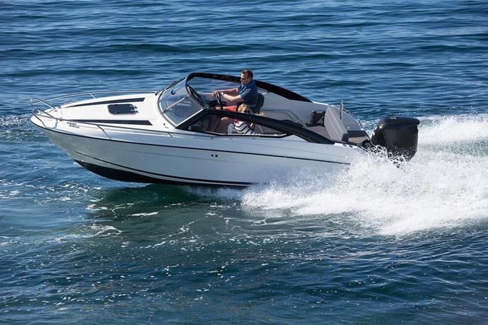 Parker 630 Day Cruiser